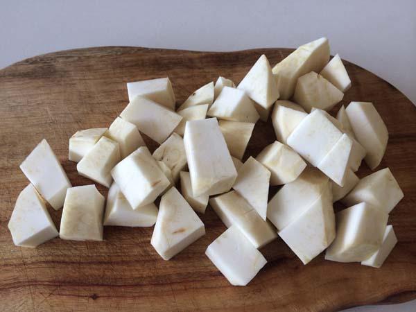 Celeriac-and-Apple-Soup3