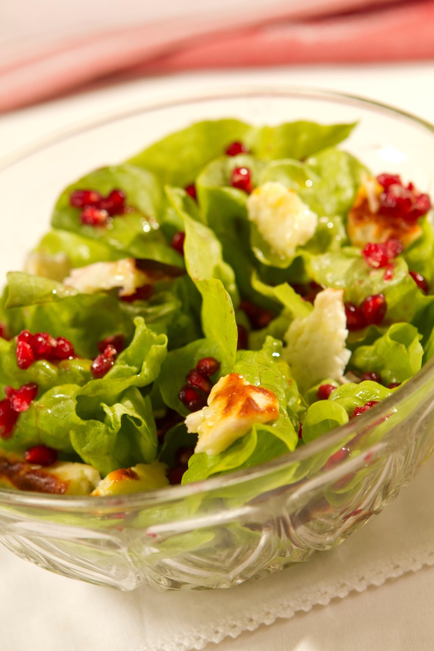lauren-burns-Pomegranate-and-Haloumi-Salad-850
